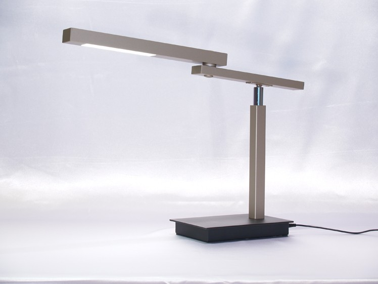 Allievo LED Desk Lamp